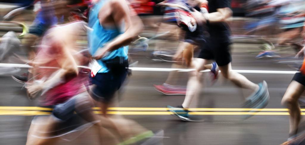 people running a race
